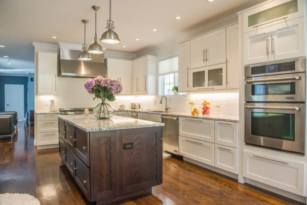 Beautiful kitchen design that can span multi-generation